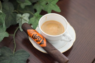 cafe with camacho cigar (1 of 1)